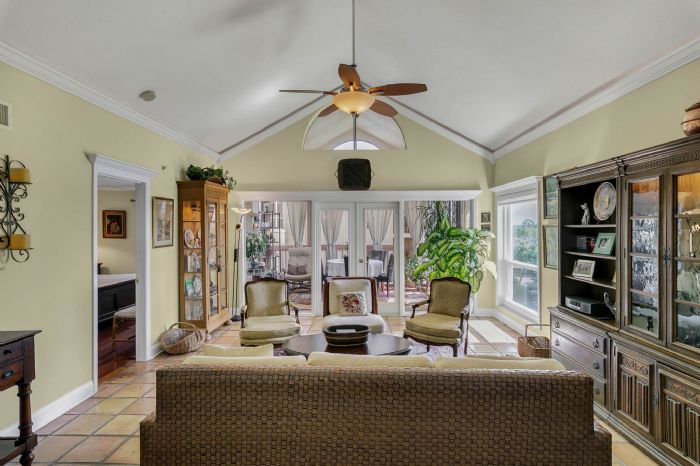 206-quayside-cir--ph--601--maitland--fl-32751---03---family-room.jpg