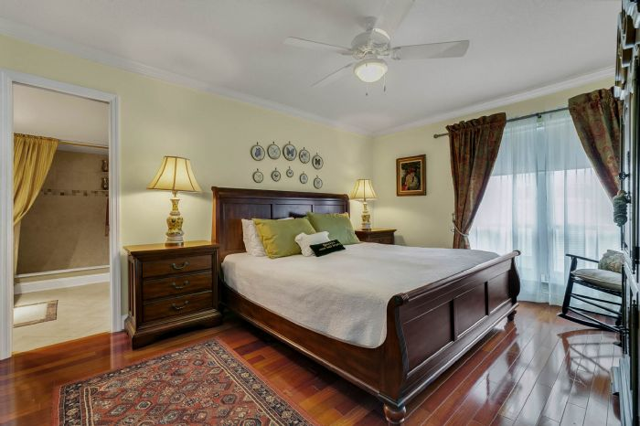 206-quayside-cir--ph--601--maitland--fl-32751---15---master-bedroom.jpg