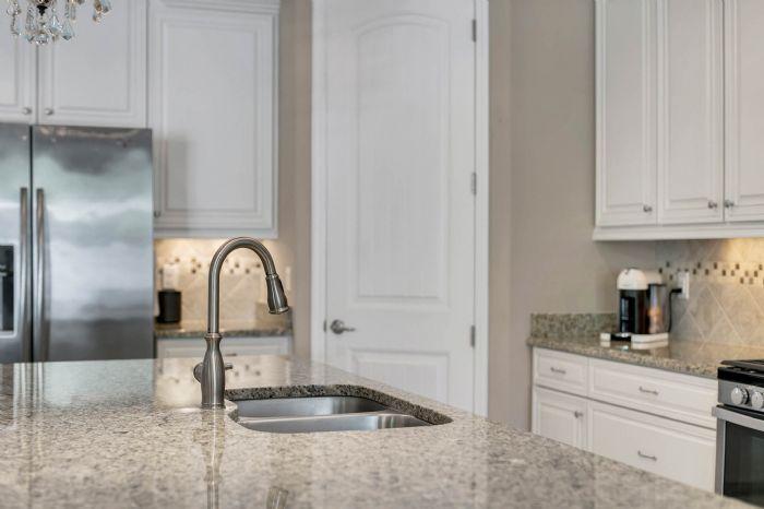 1141-w-princeton-st--orlando--fl-32804----18---kitchen.jpg