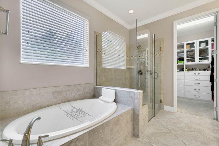 1141-w-princeton-st--orlando--fl-32804----24---master-bathroom.jpg