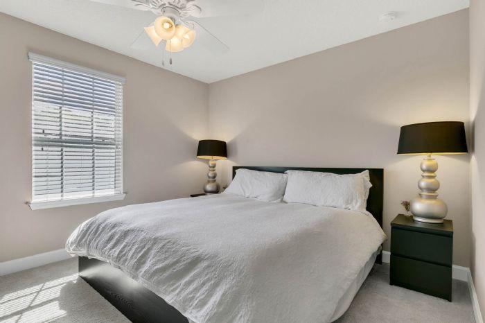 1141-w-princeton-st--orlando--fl-32804----27---bedroom.jpg