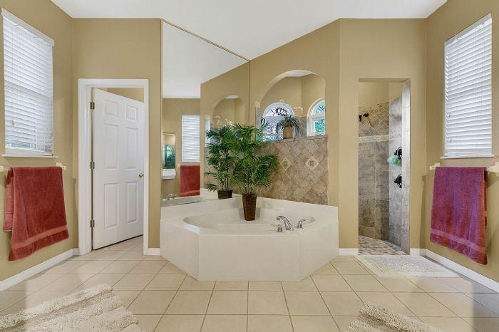 3518-kilmarnock-dr--apopka--fl-32712---18---master-bathroom.jpg