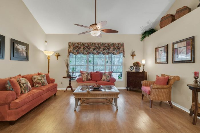 768-woodcraft-dr--apopka--fl-32712----10---living-room.jpg