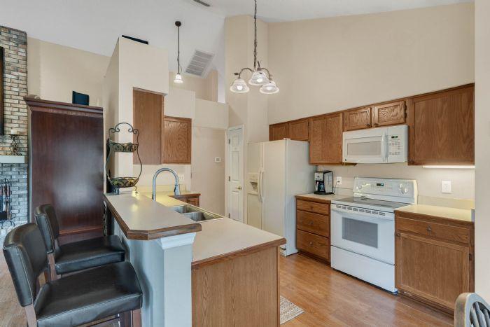 768-woodcraft-dr--apopka--fl-32712----14---kitchen.jpg