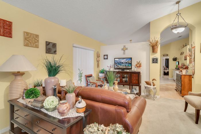 920-stanvoy-st--apopka--fl-32712----06---living-room.jpg