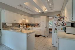 1562 Stormway Ct- Apopka- FL 32712  - 09 - Kitchen.jpg