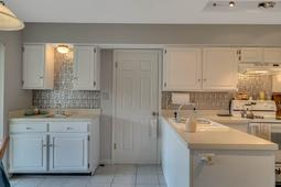 1562 Stormway Ct- Apopka- FL 32712  - 11 - Kitchen.jpg