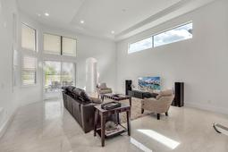 4207 Isabella Cir- Windermere- FL 34786  - 08 - Family Room.jpg