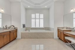 4207 Isabella Cir- Windermere- FL 34786  - 18 - Master Bathroom.jpg