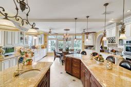 617-E-Club-Cir--Longwood--FL-32779----17---Kitchen.jpg