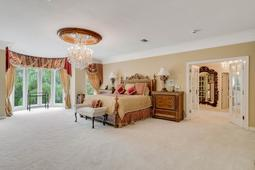 617-E-Club-Cir--Longwood--FL-32779----26---Master-Bedroom.jpg