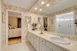 617-E-Club-Cir--Longwood--FL-32779----34---Bathroom.jpg