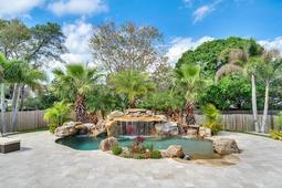 8949-Royal-Birkdale-Ln--Orlando--FL-32819----04---Pool.jpg
