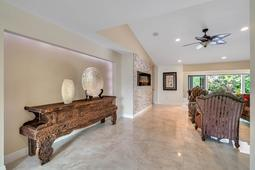 8949-Royal-Birkdale-Ln--Orlando--FL-32819----12---Family-Room.jpg