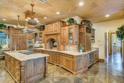 180-E-State-Road-46--Geneva--FL-32732----10---Kitchen.jpg