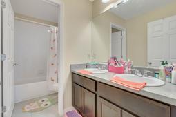 10210-Lenox-St--Clermont--FL-34711----20---Bathroom.jpg