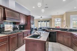 21328-Marsh-View-Ct--Clermont--FL-34715---09---Kitchen.jpg