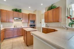 13036-Lake-Roper-Ct--Windermere--FL-34786-115----18---Kitchen.jpg