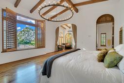 9801-Laurel-Valley-Dr--Windermere--FL-34786----21---Master-Bedroom.jpg