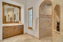 9801-Laurel-Valley-Dr--Windermere--FL-34786----25---Master-Bathroom.jpg