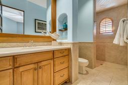 9801-Laurel-Valley-Dr--Windermere--FL-34786----30---Bathroom.jpg