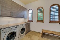 9801-Laurel-Valley-Dr--Windermere--FL-34786----32---Laundry.jpg