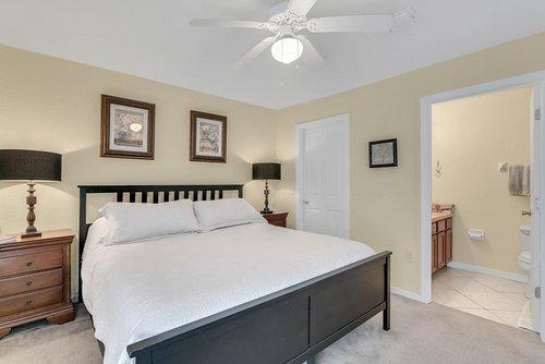 916-Reserve-Pl--Davenport--FL-33896----15---Master-Bedroom.jpg