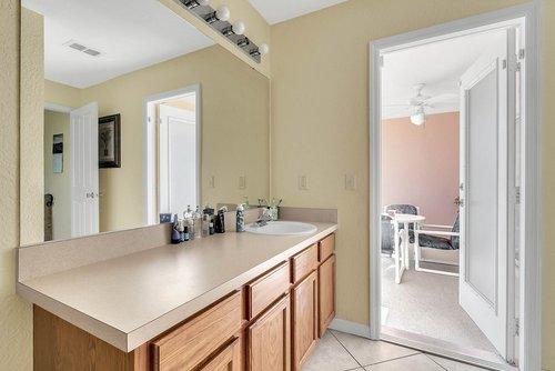 916-Reserve-Pl--Davenport--FL-33896----18---Bathroom.jpg