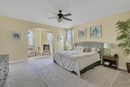 1434-Vivaldi-Pl--Longwood--FL-32779----25---Master-Bedroom.jpg