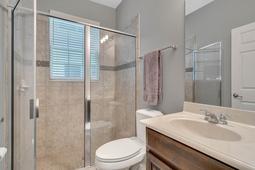 1434-Vivaldi-Pl--Longwood--FL-32779----32---Bathroom.jpg