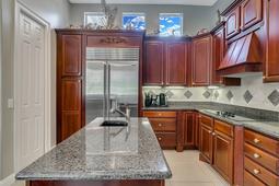 9018-Southern-Breeze-Dr--Orlando--FL-32836----16---Kitchen.jpg