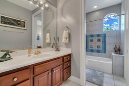 9018-Southern-Breeze-Dr--Orlando--FL-32836----29---Bathroom.jpg