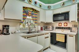 Interior-06---Kitchen---3570-La-Salle-Ave--St-Cloud--FL-34772.jpg