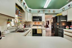 Interior-07---Kitchen---3570-La-Salle-Ave--St-Cloud--FL-34772.jpg