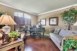 Interior-13---Living-Room---665-Majestic-Oak-Dr--Apopka--FL-32712.jpg