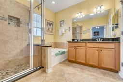 1516-Resolute-St--Kissimmee--FL-34747-Community----18---Master-Bathroom.jpg