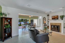 18-Spanish-Main-St.-Tampa--FL-33609---02--Living-Room-1---1.jpg