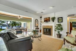 18-Spanish-Main-St.-Tampa--FL-33609---04--Living-Room-1---2.jpg