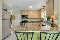 18-Spanish-Main-St.-Tampa--FL-33609---18--Kitchen-1---1.jpg