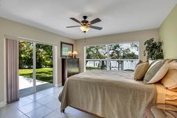 18-Spanish-Main-St.-Tampa--FL-33609---27--Owner-s-Suite-1---2.jpg