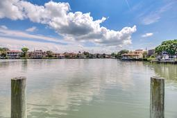 18-Spanish-Main-St.-Tampa--FL-33609---46--Dock-View.jpg