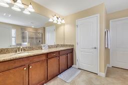 2063-Nerva-Rd--Winter-Garden--FL-34787----18---Master-Bathroom.jpg