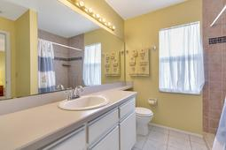 1056-Abell-Cir--Oviedo--FL-32765----18---Master-Bathroom.jpg