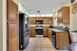 4626-Tiffany-Woods-Cir--Oviedo--FL-32765----10---Kitchen.jpg