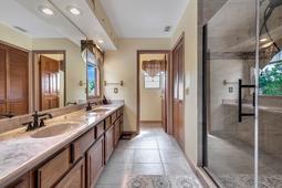 4626-Tiffany-Woods-Cir--Oviedo--FL-32765----19---Master-Bathroom.jpg