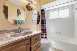 4626-Tiffany-Woods-Cir--Oviedo--FL-32765----21---Bathroom.jpg