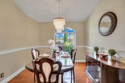 612-56th-Ave.-S--St.-Petersburg--FL-33705--05--Dining-Room-1.jpg
