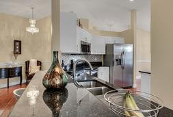 612-56th-Ave.-S--St.-Petersburg--FL-33705--07--Kitchen-1.jpg
