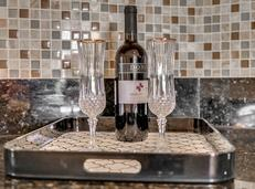 612-56th-Ave.-S--St.-Petersburg--FL-33705--09--LKitchen-3.jpg