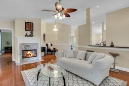 612-56th-Ave.-S--St.-Petersburg--FL-33705--13--Family-Room-2.jpg